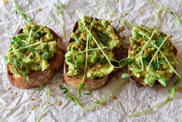 Vegan smashed avocado lime sourdough toast - vegan breakfast recipes