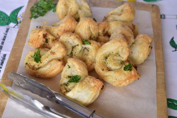 Vegan garlic puff pastry twists - vegan starter recipes