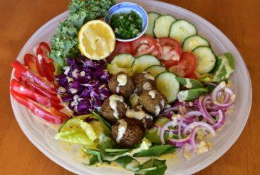 Vegan falafel rainbow salad