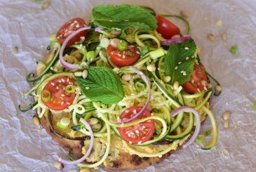Vegan hummus zucchini noodles pita pizza - vegan recipes