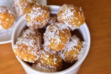 Vegan apricot, nut, coconut bliss balls