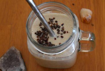 Vegan coconut, banana, peanut butter smoothie - vegan breakfast recipes